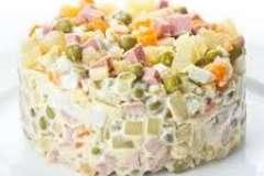 Вкусные рецепты: Корзиночки с клюквенным кремом и медовой меренгой, Курочка в кефире, Овощные оладьи с плавленым сыром