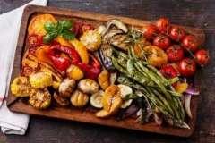 """Вкусные рецепты: Салат """"Ласточкино гнездо"""", Котлеты по-мароккански, перец с брынзой"""