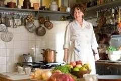 Вкусные рецепты: Творожный завтрак со сливами, Суп-пюре из тыквы с морковными чипсами и ветчиной., Паштет из куриной печени с песто из вяленых помидор !!!